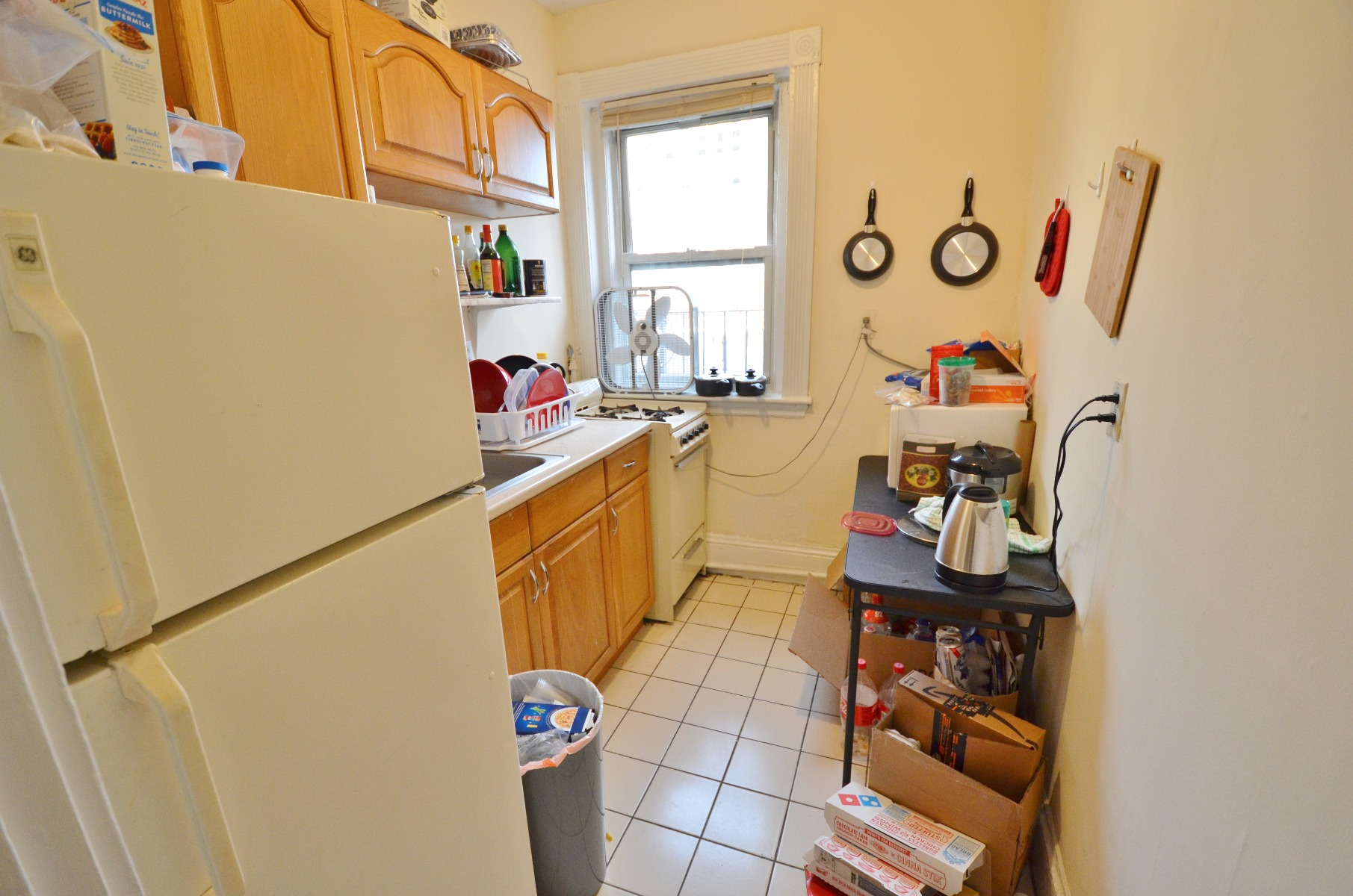 Avail 9/1 - Well lit, Spacious 1 BR on Peterborough St