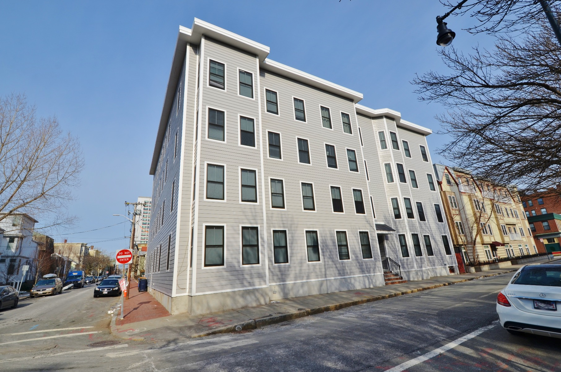 Wonderful 4 bedroom in Central SQ  walk to MIT September first