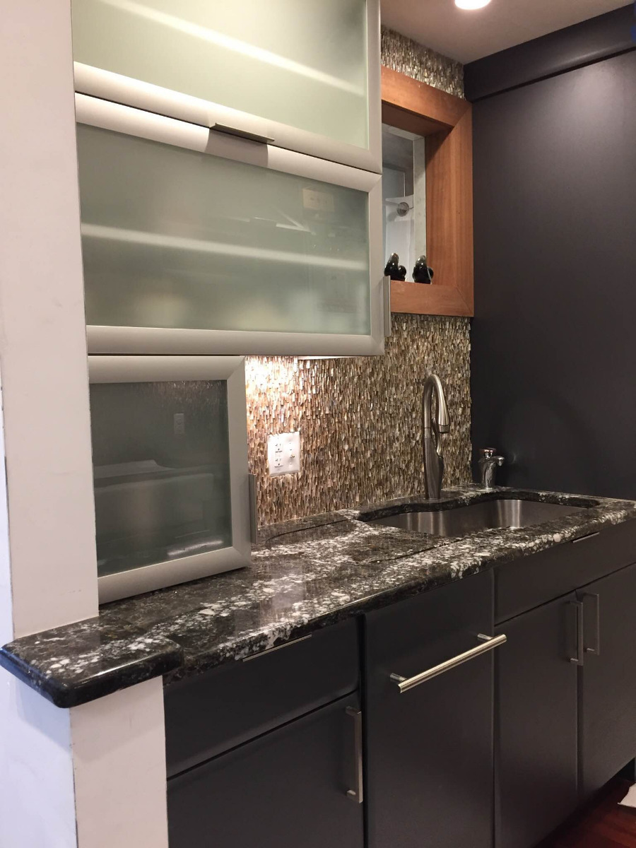 1 Bd on Clarendon, Furnished, Skyline Views, Dishwasher, Elevator, A/C