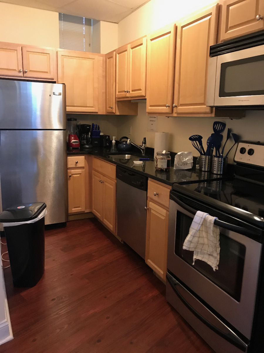 3 Bd, Pet Ok, Roof Deck, Hardwood Floors, New/Renovated Bath, Dishwash