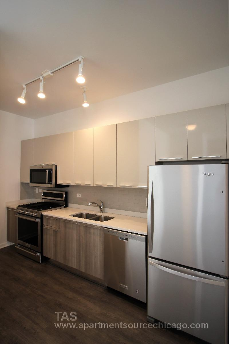 ALL BRAND NEW, HUGE Loft-style condo-quality 2 Bed/2 ba IN UNIT W/D