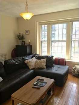 Brand New 1 Bed in Beacon Hill, Lots of sun light and LARGE Bedroom!