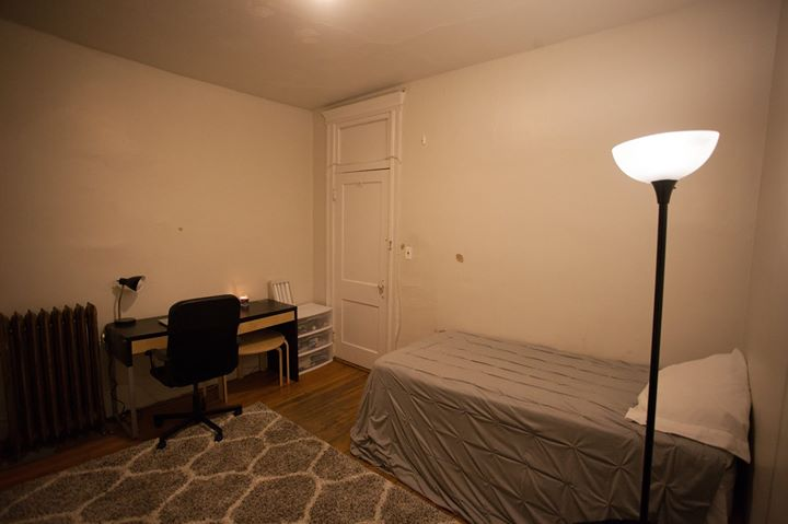 2 Bed Split near Fenway, Steps to NEU, Heat & HW INCL!!
