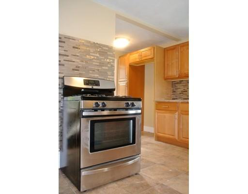 MODERN 3 BED IN WATERTOWN W/ PARKING, JUST MINUTES TO BOSTON!!