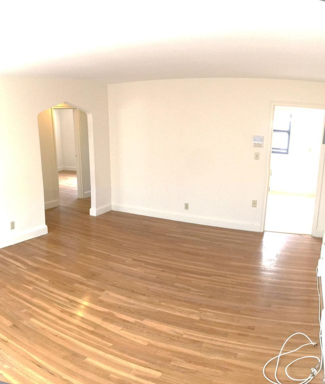 Beautiful Brookline 2 bed !