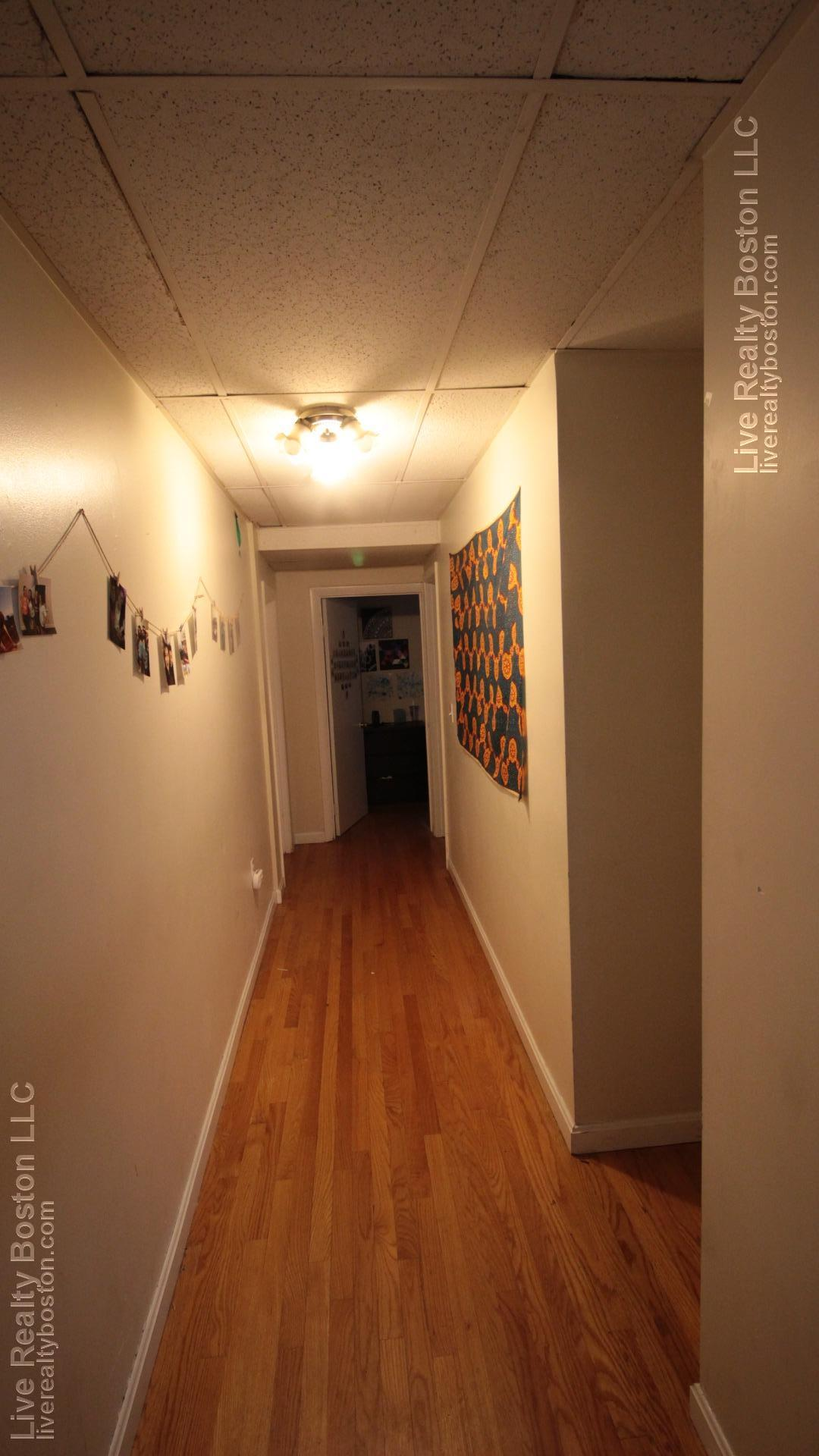 3 - BEAUTIFUL 4 BED 2 BATH ~IN THE HEART OF FENWAY~