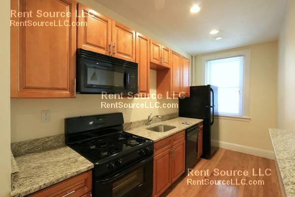 Modern Spring Hill 1BR - Cats OK, Laundry - Heat Incl - Dishwasher!
