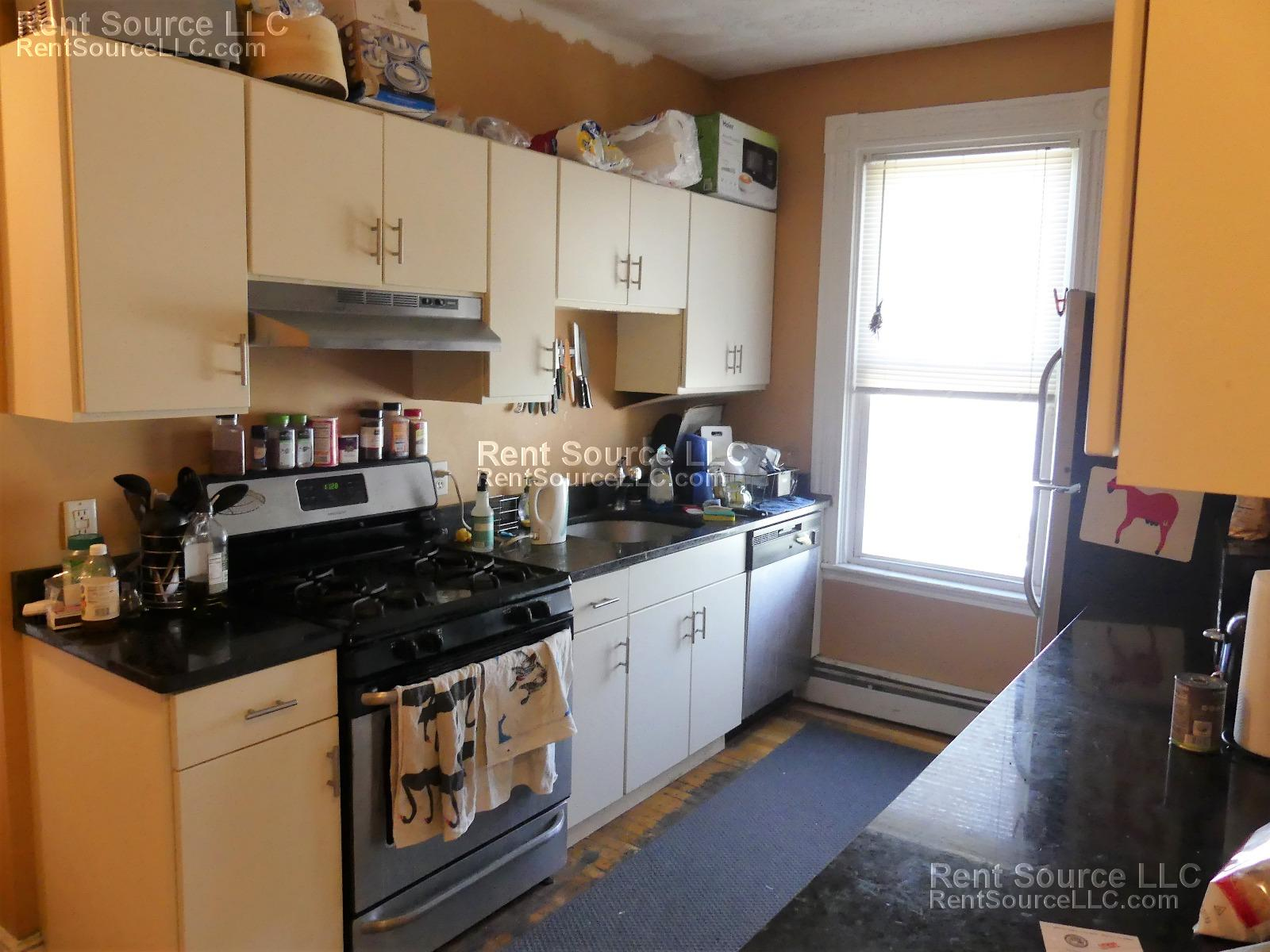 Inman Square 4 Bed 2 Full Baths! - Excellent Space- Pets OK! 9/1