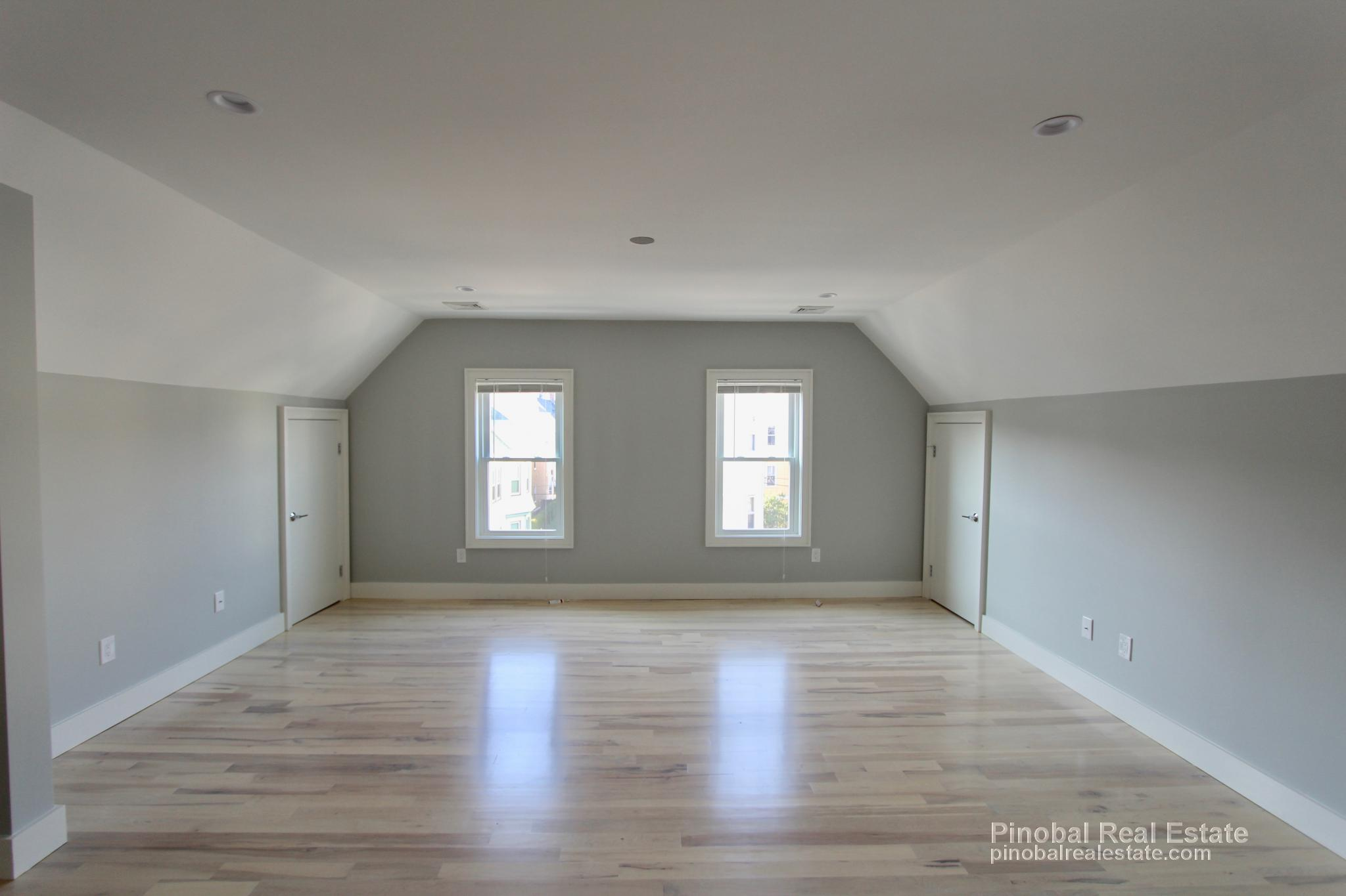 Bedroom Apartment For Rent In Roslindale Ma