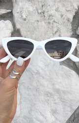 Matrix sunnies - White/Smoke Black