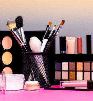 10 Chemicals to Avoid in Your Beauty Routine