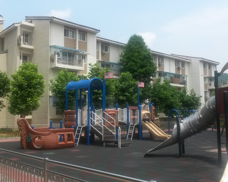 HV Playground and Low Rises