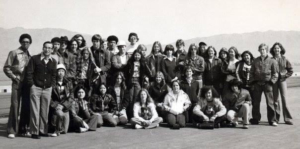 PeterTYeschencko-1977Busan_tripStudents