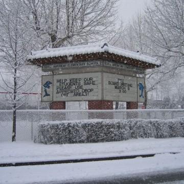 seoul-american-elementary-school-under-snow-alert-joepagano