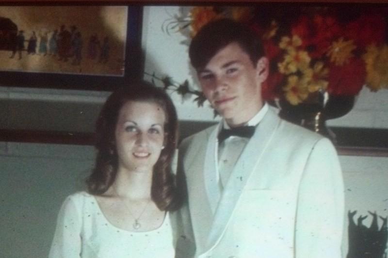 Sue&Rick_SAHS_Yongsan_YSL_JuniorProm1970