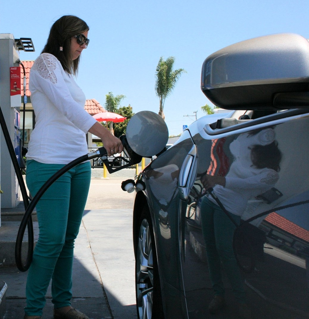 Get the best gas prices with Gasbuddy