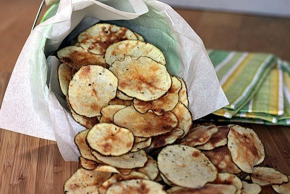 Microwave No-Guilt Potato Chips
