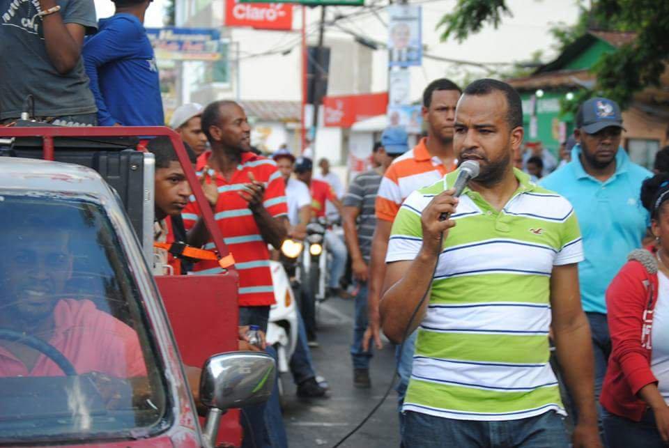 Image result for Falpo dice solo lanzó excrementos y no piedras; exige liberar activistas