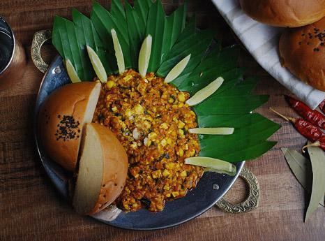 Tava Corn Paav Bhaji