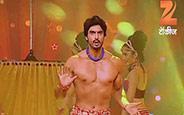 Gashmir Mahajani performing on Ganesh Vandana