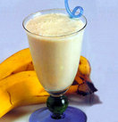 Kids_compact_original_how_to_make_banana_smoothie_with_fresh_bananas