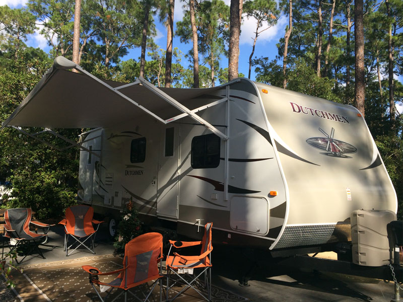 "Motorhome Escapes Canada offers ""Glamping""…Glamorous Camping! featured image"