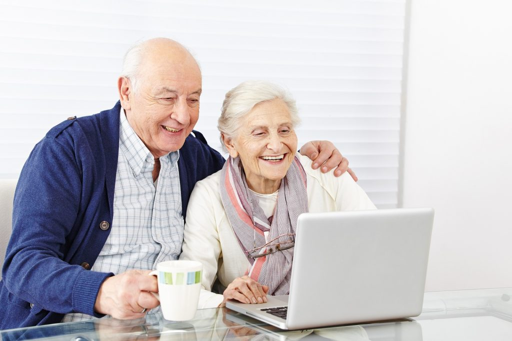 """Tec Savvy Seniors"" Thanks to A New Program In The County Of Simcoe featured image"