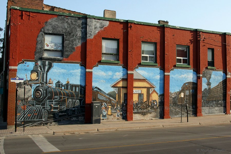 Murals Are A Glimpse Into A Small Towns History And Heritage featured image