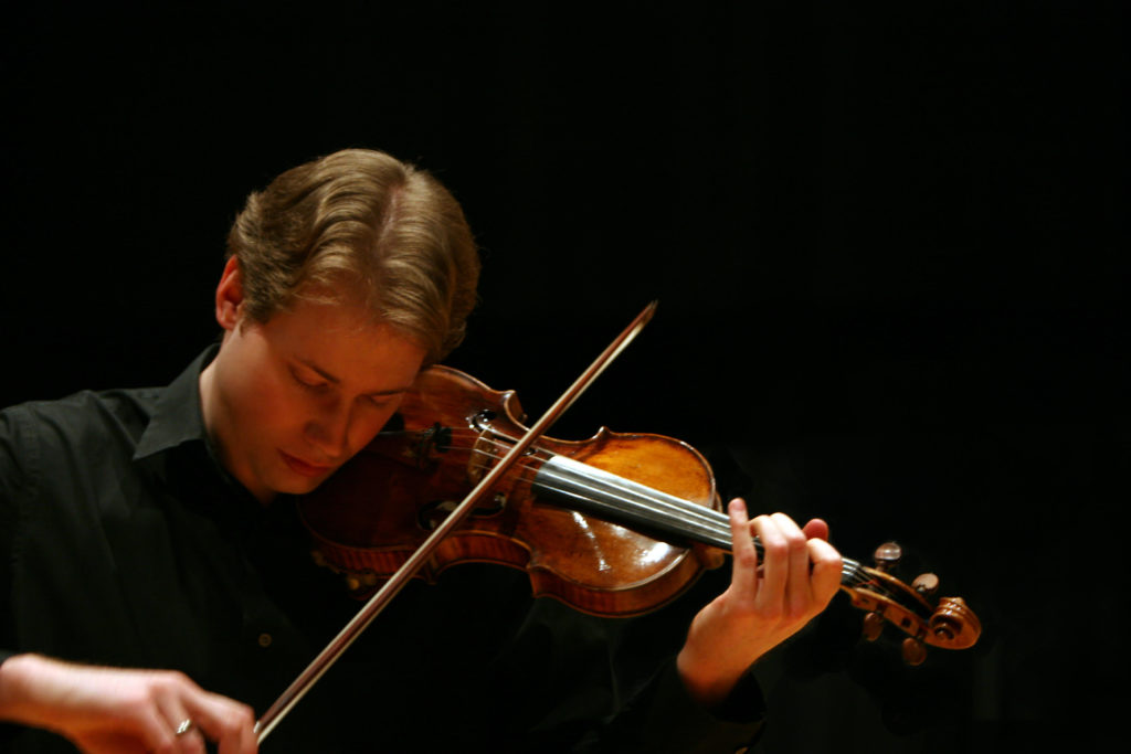 "2/5-Part Series: Finding ""the one"" – the right instrument. Violinist Jonathan Crow featured image"