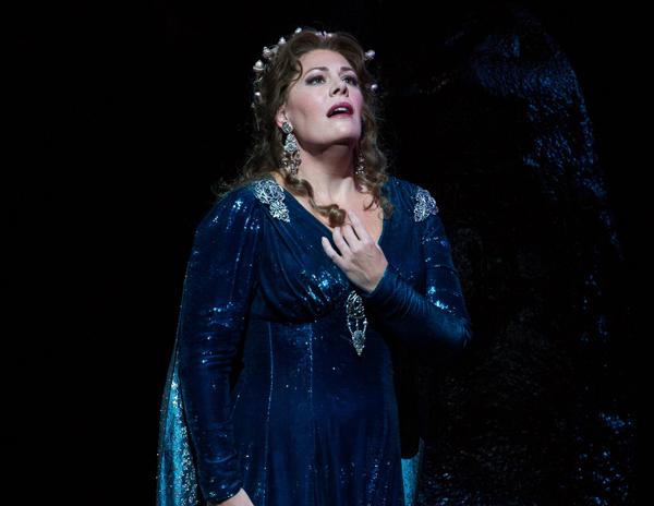 """Tonight's """"Sunday Night at the Opera"""" features Sondra Radvanovksy featured image"""