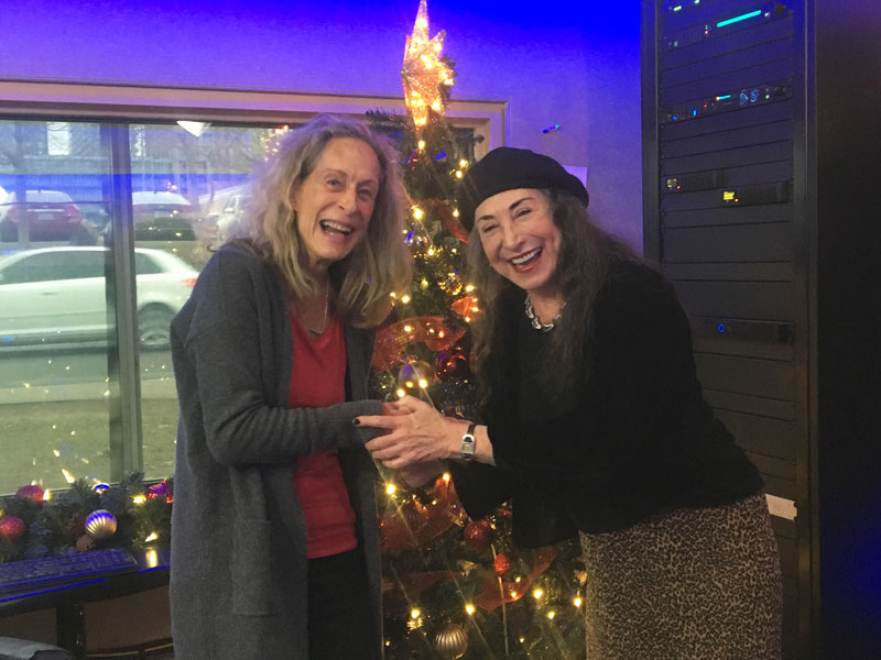 "Marilyn Lightstone Tells us All About ""Your All-Time Classic Hit Parade"" Christmas Special"