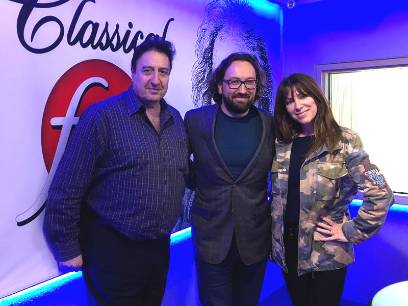 """Simon Spiro and Wendy Lands visit """"The Oasis"""" to chat about Jewish Music Week's closing with The Manhattan Transfer featured image"""