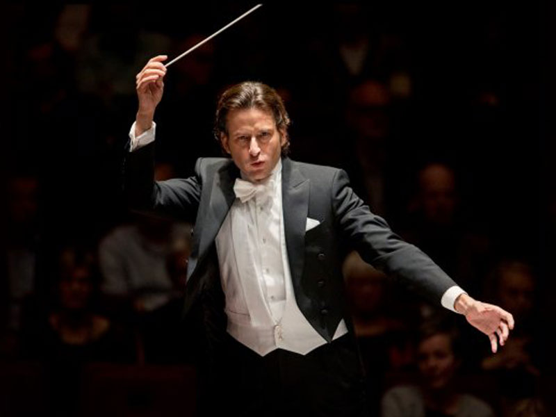 Mark Wigmore Interviews the TSO's Next Music Director Gustavo Gimeno featured image
