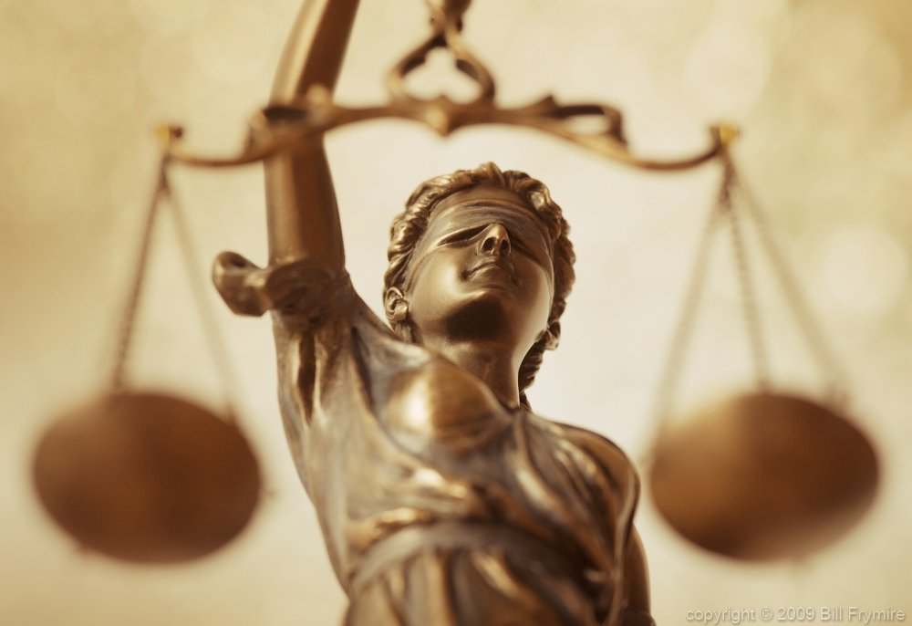 scales of justice lady justice