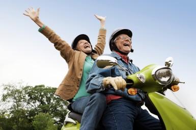 seniors-vespa-active-ageing-385x2551