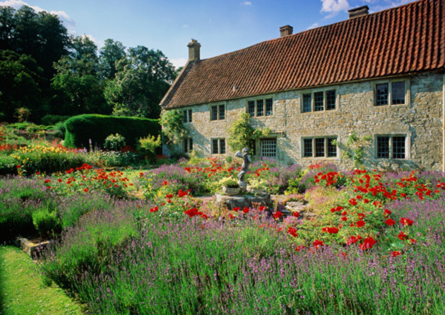 Botanical Bliss 8 Tips To Create A Picture Perfect English Cottage Garden