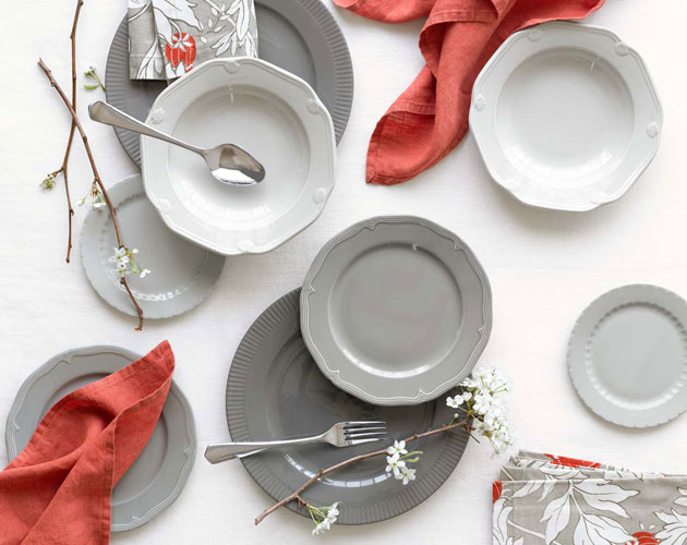 This dinnerware collection made in France by Pillivuyt updates Victorian style dishes with some modern touches such as different edgework for each item in ...  sc 1 st  Everything Zoomer & DAILY FIX: Dinnerware - Everything Zoomer