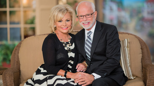 The Jim Bakker Show - Jim and Lori Bakker - 2017