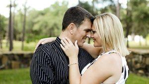 happy-couple-600