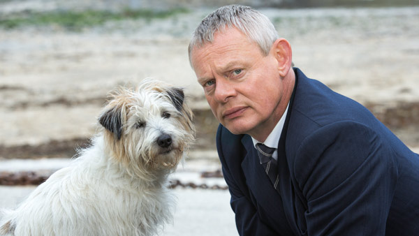 Doc Martin S7: Dr. Martin Ellingham (MARTIN CLUNES) and Buddy