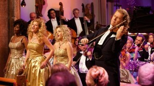 André Rieu: Home For The Holidays - André with Vocalists