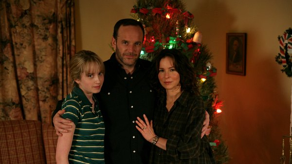 "Megan Park, Clark Gregg and Jennifer Grey star in ""Road to Christmas"""
