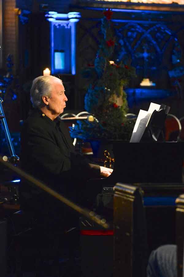 A Christmas Carol Holiday Special 2012: Pianist David Warrack performs Photo: Adam Burnett, Umbrella Photography