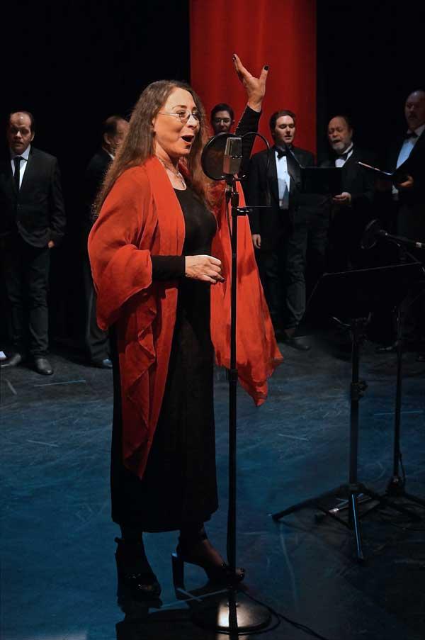 A Christmas Carol Holiday Special 2012: Marilyn Lightstone films the new video for