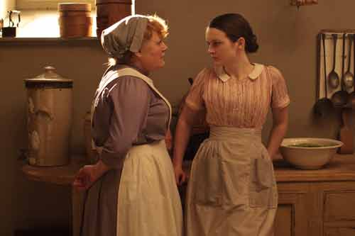 Downton Abbey S2: Mrs. Patmore (Lesley Nicol) and Daisy Robinson (Sophie McShera)