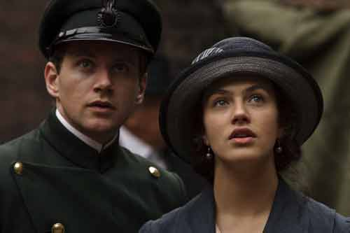 Downton Abbey S1E6: Branson and Lady Sybil listen to the Liberal candidate at a political rally in Ripon
