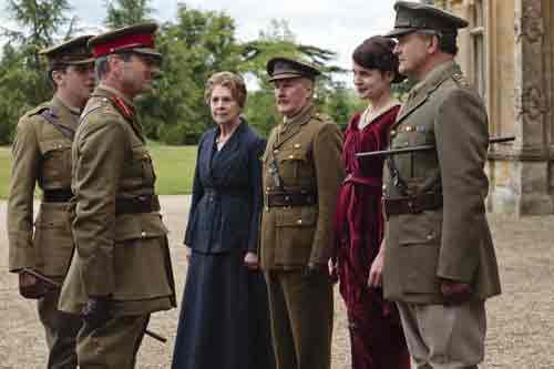Downton Abbey S2E3: Isobel, Dr. Clarkson, Lord and Lady Grantham greet General Herbert Strutt (Julian Wadham) to Downton