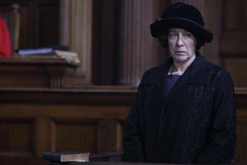 Downton Abbey S2E7: Mrs. Hughes testifies at Bates' murder trial