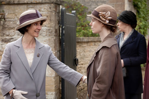 Downton Abbey S3E3: Mrs. Bryant tries to comfort Ethel as they take her son Charlie away