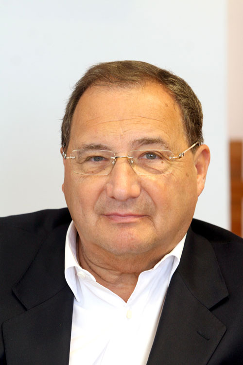 Jew Bashing - USA: Abe Foxman - Director of the ADL – Anti Defamation League -  major Jewish international fighter against Ant- Semitism